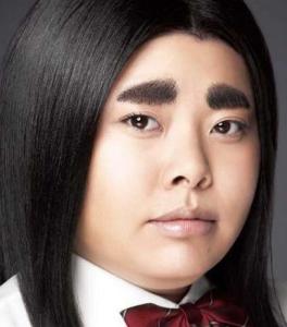 眉毛の剃り方、作り方記事:整えないとこうなる。
