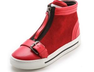石原さとみの赤い靴