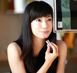 【必見!!】菅野美穂から学ぶ!?年齢がいくつになっても『性格良い』と言われ続ける方法