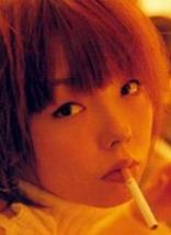 aikoたばこを吸うって本当!?石原さとみが◯◯メンソール…。