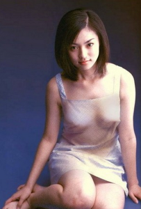 深田恭子インスタ【ポチ画像必見!】水原希子の胸にスイッチが。