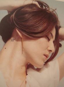 道端ジェシカ ( 女性 モデルタトゥー【水原希子がタトゥーを入れた理由】