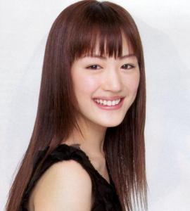 綾瀬はるかのロングストレート髪型