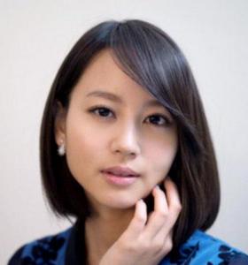 堀北真希のロングパーマ髪型画像3