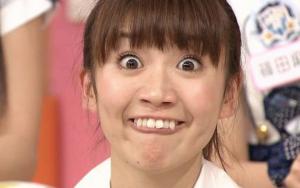 【大島優子の前髪センター分けが不況の理由】