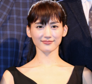綾瀬はるかのファッションブランド『さんまのまんま』
